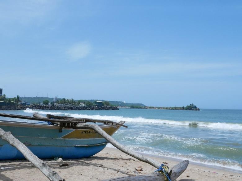知っておきたいスリランカ旅行での服装。季節やシーンに合わせて服の準備を!